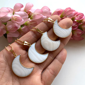White Shell Moon Necklace