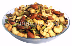 Dry Fruits & Nuts Bhel 500 Gms