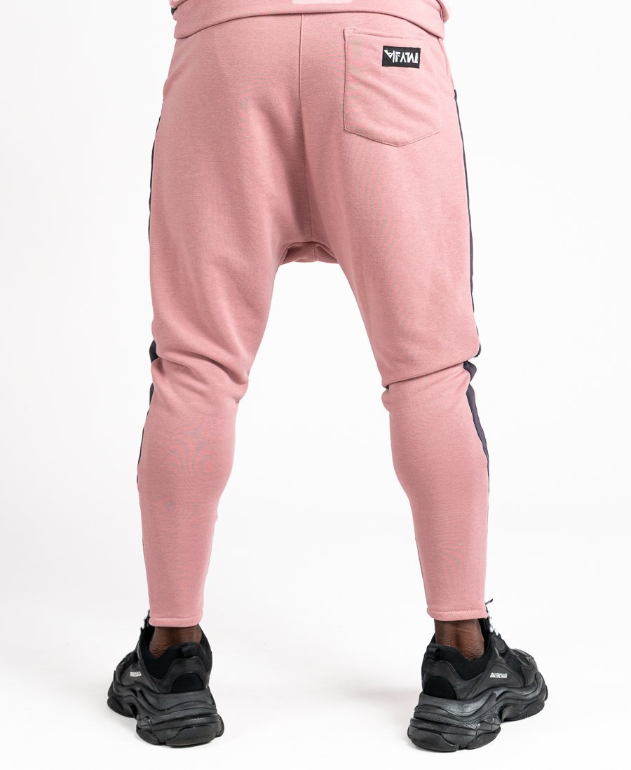 Pink trousers with grey line
