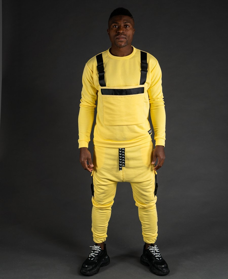 Yellow tracksuit with accesories - Fatai Style