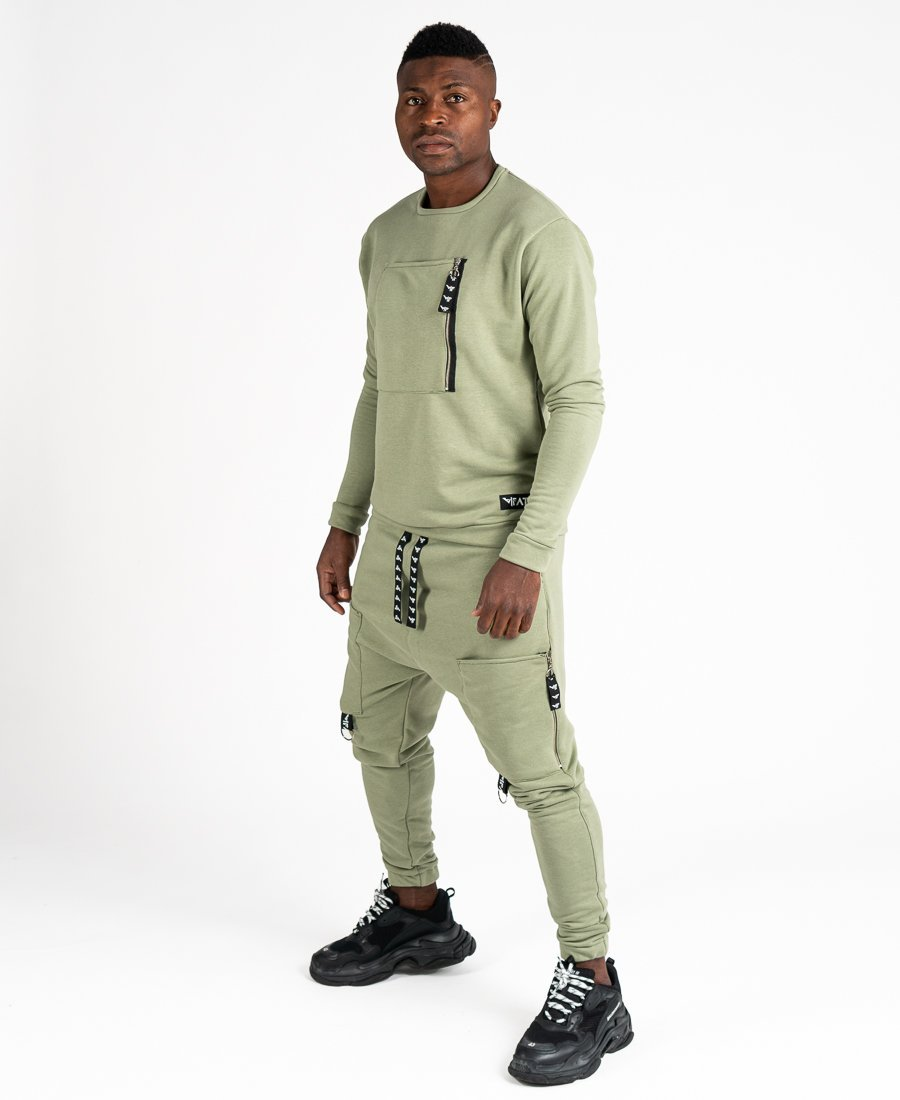 Green tracksuit with front pocket