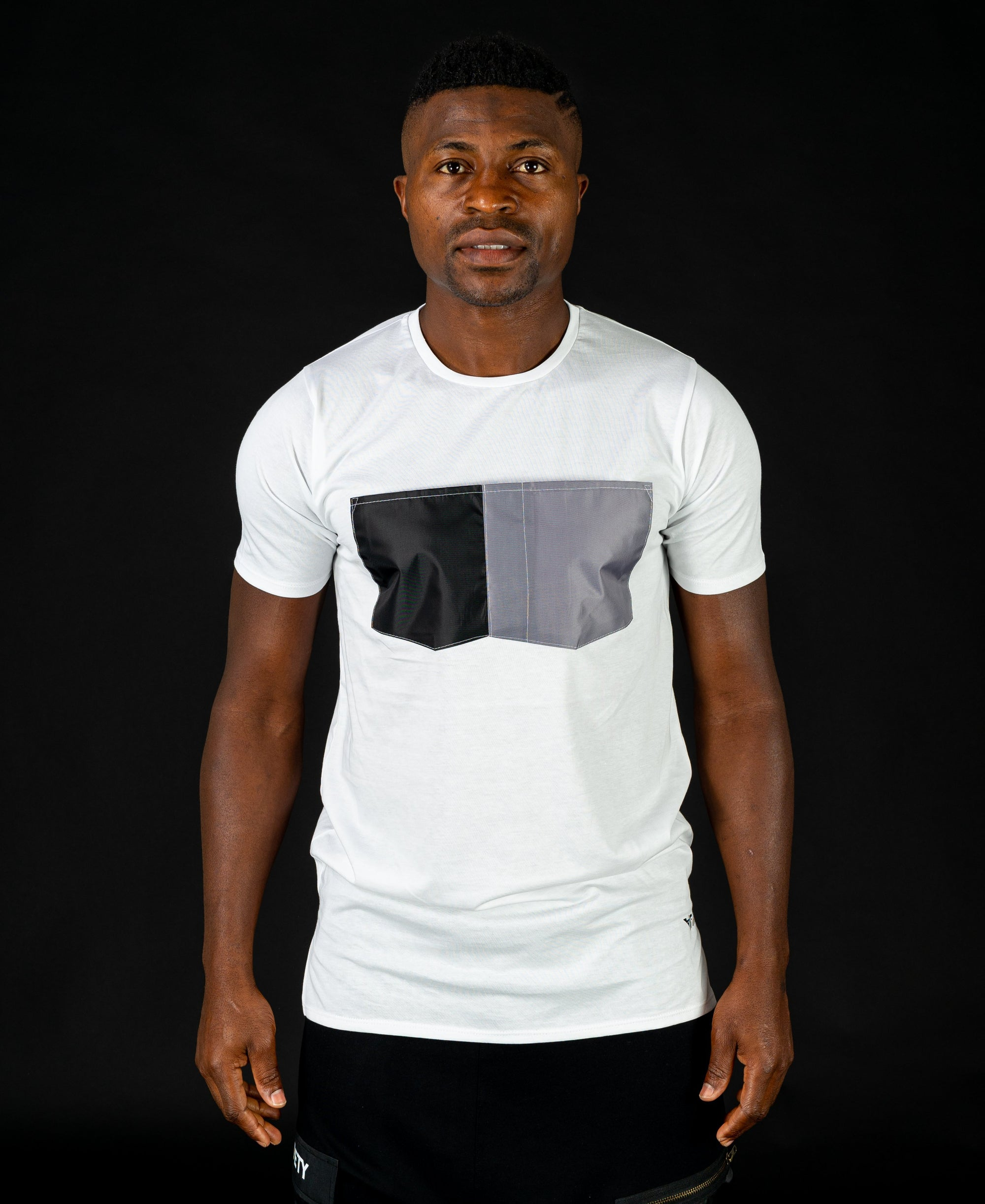 White t-shirt with black and grey design - Fatai Style