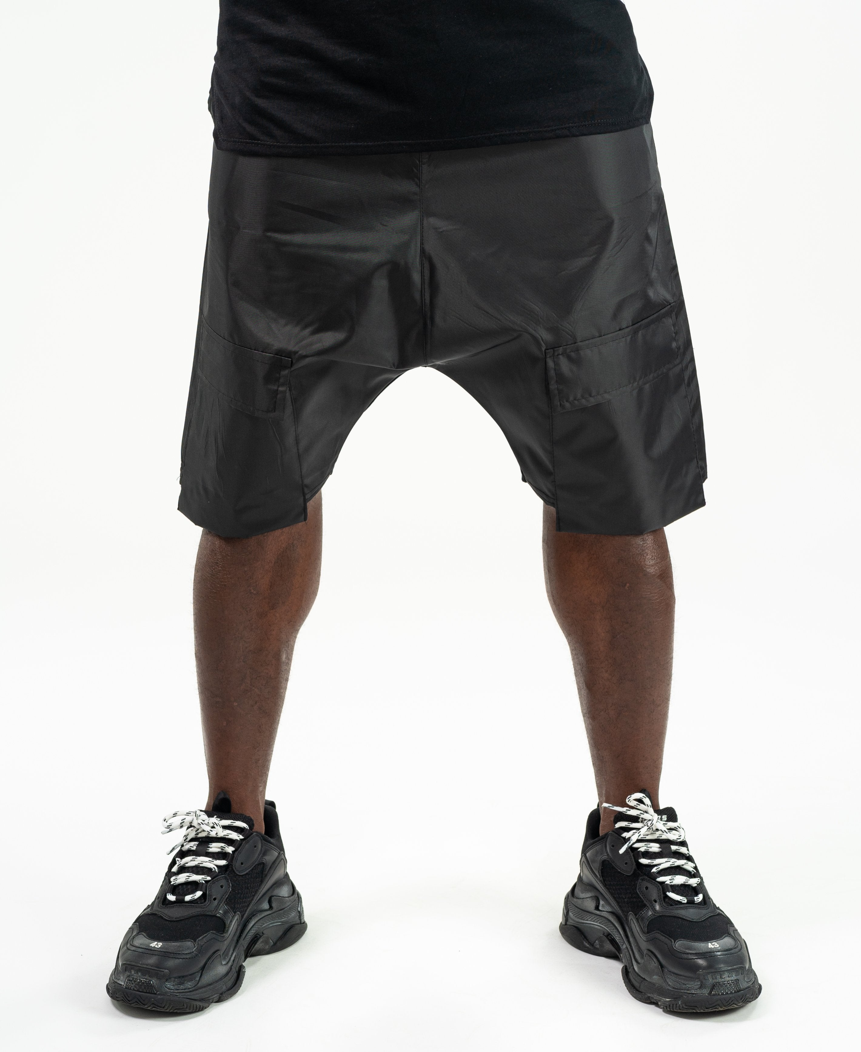Short Black trousers with front pockets design - Fatai Style
