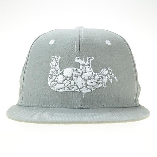 White Rhino Fitted