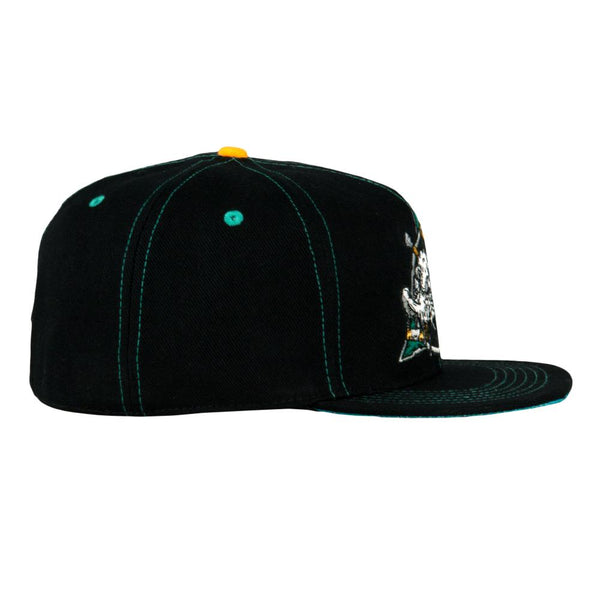Vincent Gordon Am-I-High Black Fitted Hat