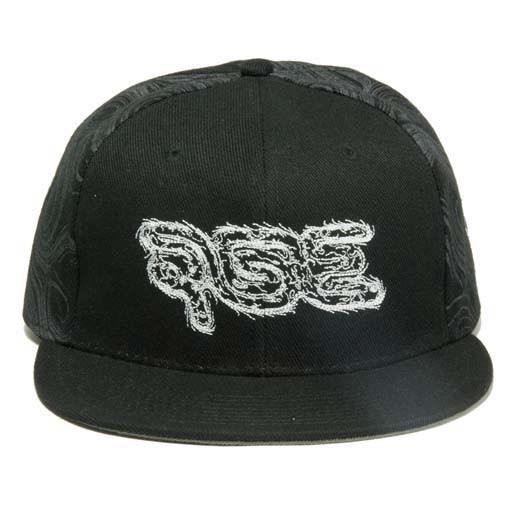 AGE 2014 Black Fitted
