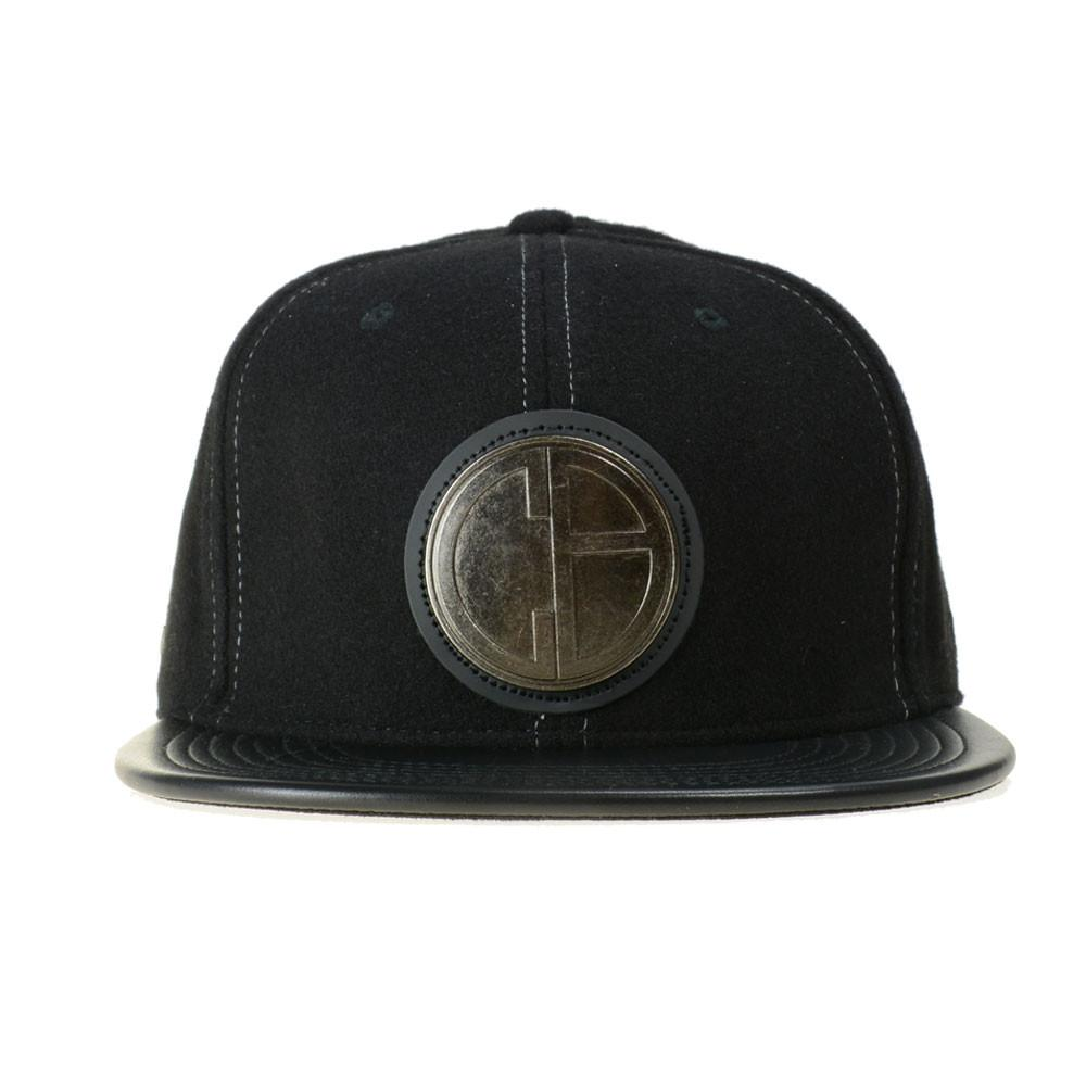 Caver Jewelry V2 Black Fitted