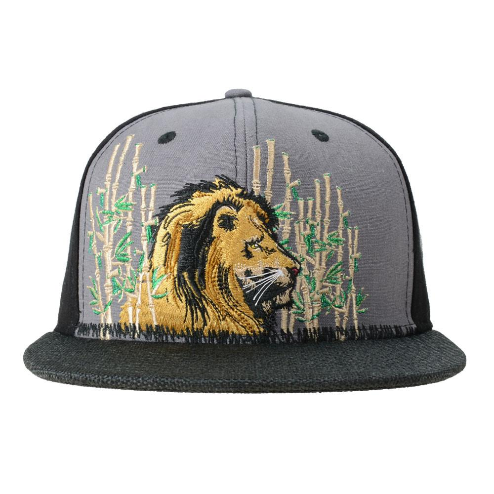 Darby Lion Black Snapback