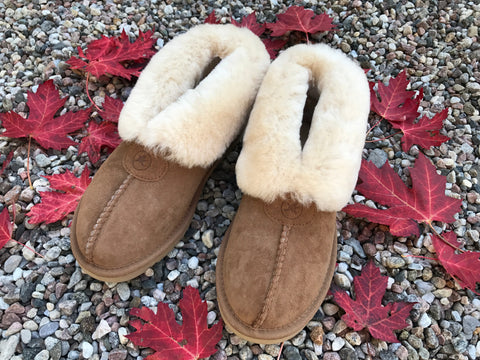 The Classic Women's Slipper in Chestnut colorway