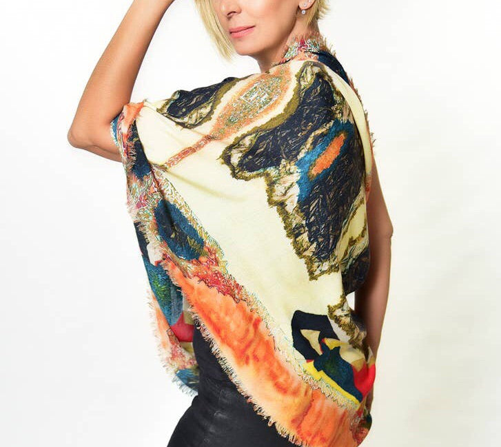 The Lady in Peridome Scarf .