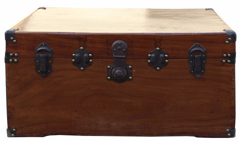 trunk - box - chest