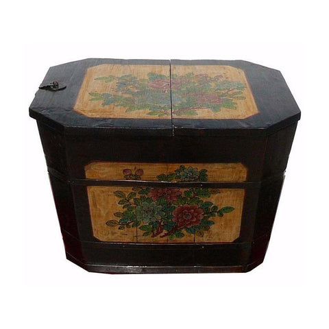 antique Chinese wood bucket