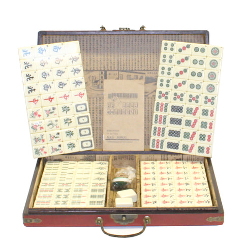 Chinese Handmade Red Vinyl Box Regular Size Mahjong Tiles Set