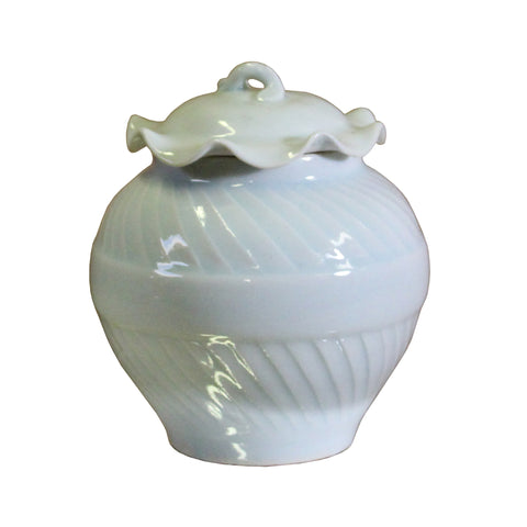 white porcelain urn - Chinese ceramic jar - porcelain box