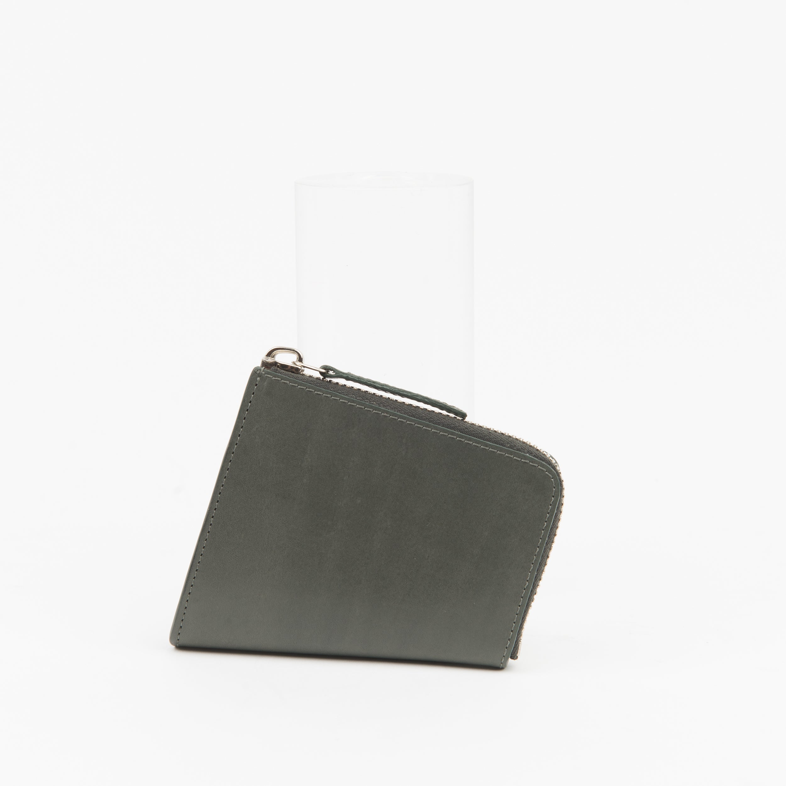 FORM-MATTER SIDE-FOLD ANGLE ZIP WALLET