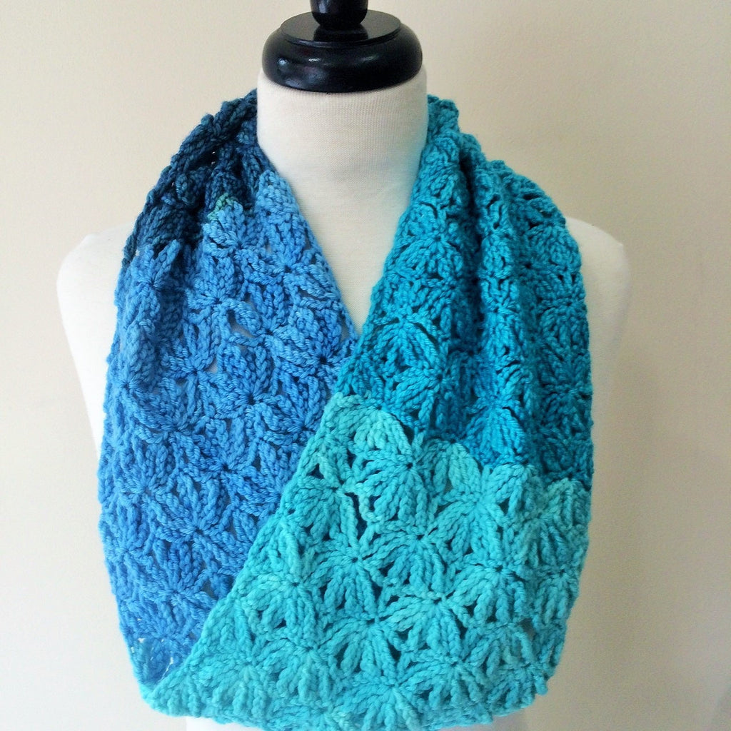 One Skein Lacy Crochet Cowl for Gradient Yarn