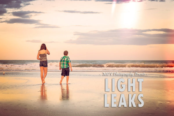 Light Leaks lightroom preset header page - Two children facing the water at the beach