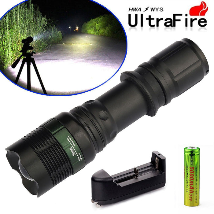 Tactical/Military 10000LM  LED  Zoomable Flashlight + Battery Kit