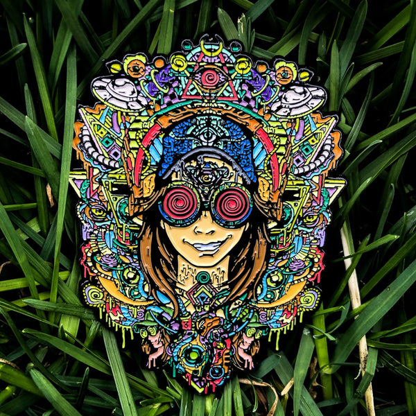 "Rezz ""Space Mom"" Pin"