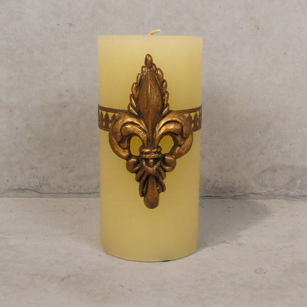 Large Del Ray Candle with Fleur de Lis - Ivory