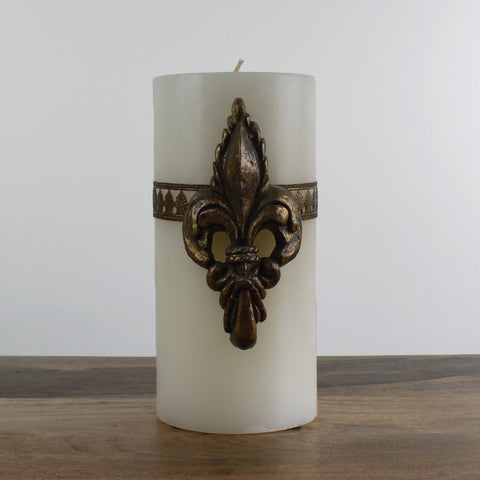 Large Del Ray Candle with Fleur de Lis - Bone