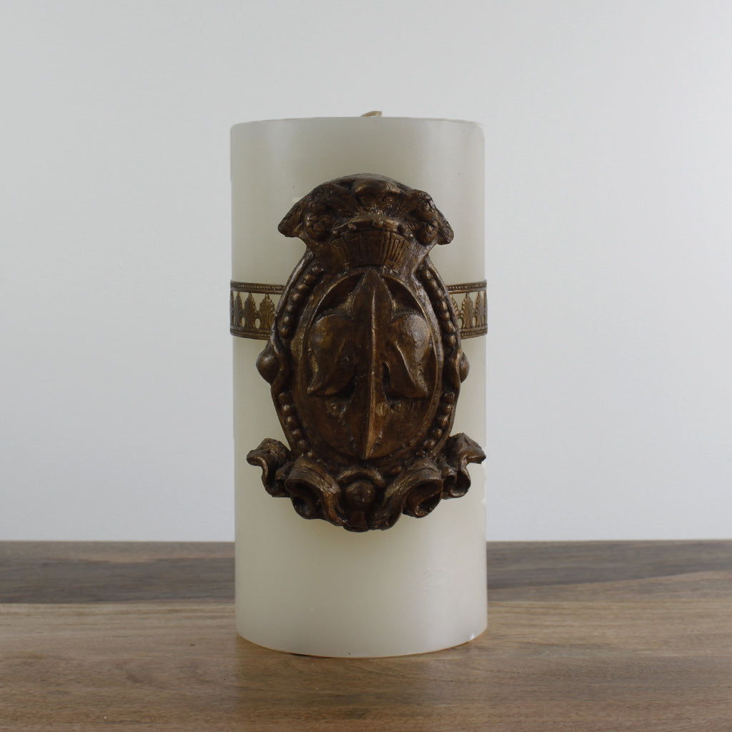 Large Del Ray Candle with Shield