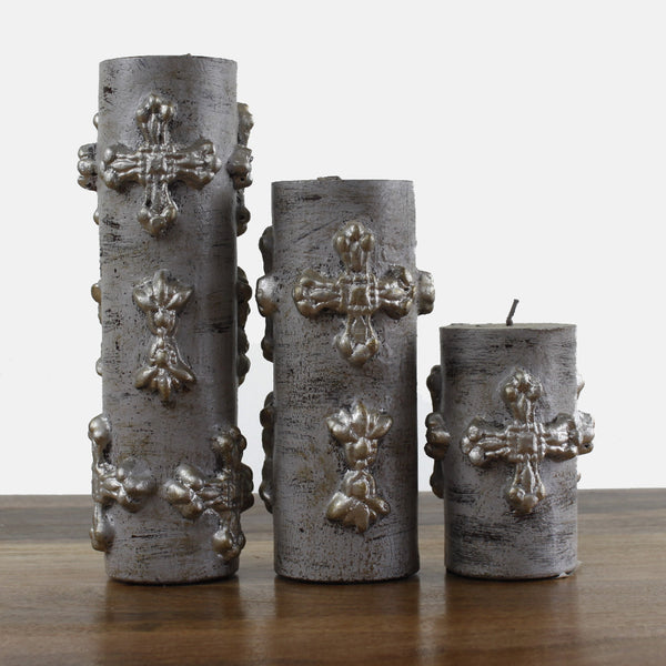set Grey Wash Candles With Cross