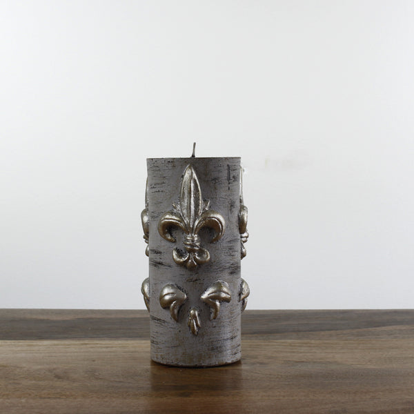 medium Grey Wash Candle With Fleur de Lis