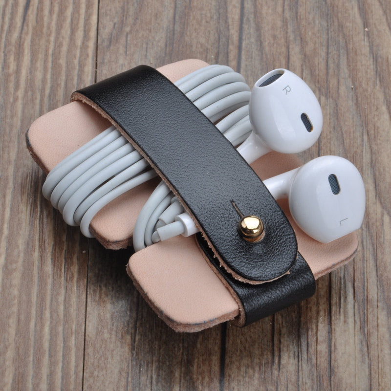 Handmade leather earphone holder/Custom Earbud Case cord / Leather Cable Organizer/