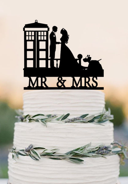 Wedding Cake Topper TARDIS, Doctor Who Wedding Cake Topper, TARDIS Wedding cake topper, Doctor Who Wedding, wedding cake topper, Mr Mrs
