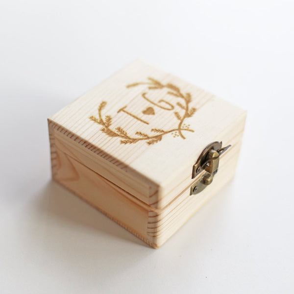 Custom Ring Box, Personalized Wood Box, Engraved box, Personalized Ring Box, Custom Wedding Box, Bridesmaid Gift