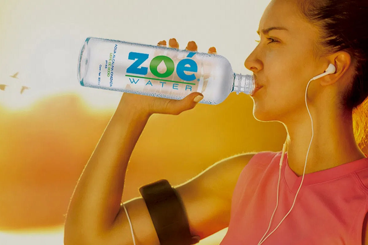 Zoé Water USA: Staying hydrated while drinking alcohol