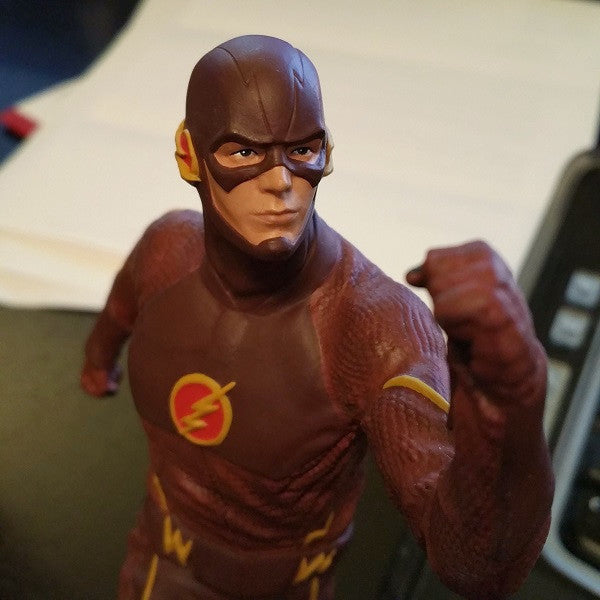 DC Comics The Flash TV Statue