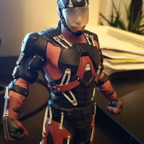DC Comics Atom TV Statue
