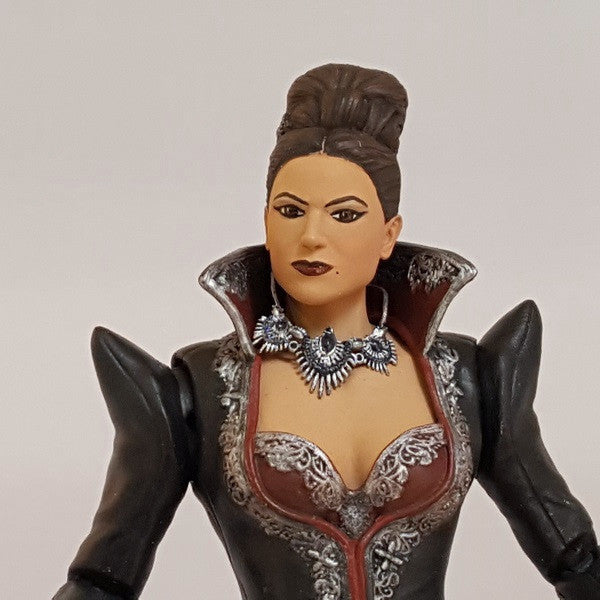"Once Upon a Time Evil Queen 6"" Scale Action Figure"