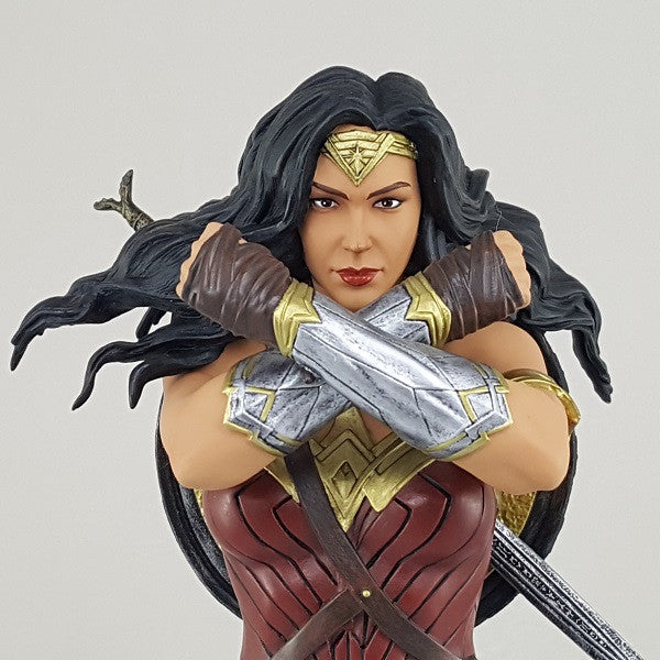 DC Comics Wonder Woman Movie Mini Bust - Available August 2017