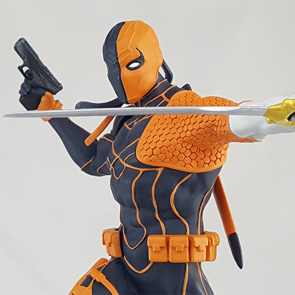 DC Comics Deathstroke Rebirth Statue - Available 1st Quarter 2018