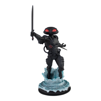 Black Manta Deluxe Statue - Icon Heroes