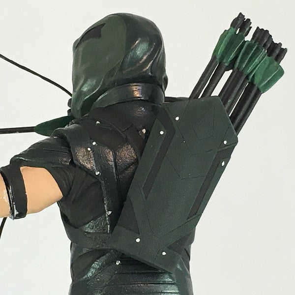 DC Comics Green Arrow TV Statue