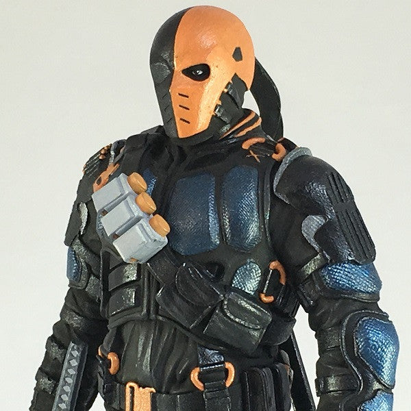 DC Comics Arrow TV Deathstroke Statue - Available March 2017