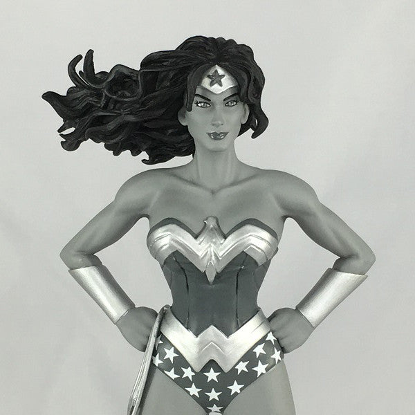 DC Comics Wonder Woman Black and White Statue Exclusive - Icon Heroes