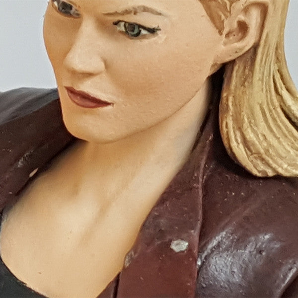 "Once Upon a Time Emma Swan 6"" Scale Action Figure"