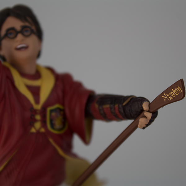 Harry Potter in Quidditch Uniform PVC Figure