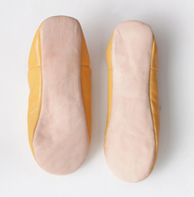 Load image into Gallery viewer, Mustard Moroccan Babouche Slippers