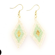 Load image into Gallery viewer, Diamond Luxe Earrings