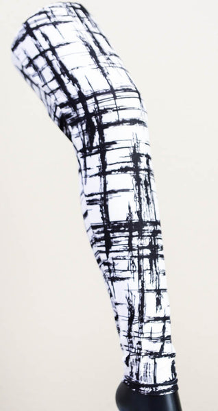 Black & White Scratch Pattern Workout Leggings