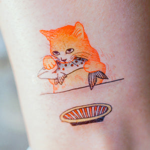 Cat Loves Fish Tattoo - LAZY DUO TATTOO Life of Cat Feeding Tattoo Ideas Golden Kitten Tattoo Meow Naughty Cat Neko Tattoos HK Temporary Tattoo Sticker Water Color Tattoo LAZY DUO Tattoo Shop Hong Kong HK 愛玩百厭貓紋身黃貓浪浪喵寵物刺青 浪浪香港紋身貼紙刺青紋身師設計印刷訂做客製 Custom Temporary Tattoo Event Printing Tattooist artist HK tattoo shop MANE INK Tattooer Tattoo Artist Taiwan fine line ornament tattoo 台灣製 刺青師紋身師