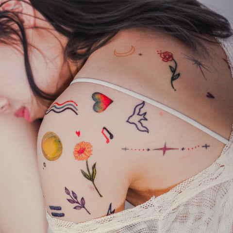 LAZY DUO Minimal Graphic Tattoo Simplicity Minimalism Hong Kong tattoo Sticker Mini Tattoo 紋身貼紙 Tree tattoo Small Tattoos linetattoo colortattoos tattoodesign 香港紋身 minimal tattoo tiny tattoos cute tattoos Best girls tattoos Moon Tattoo 刺青師