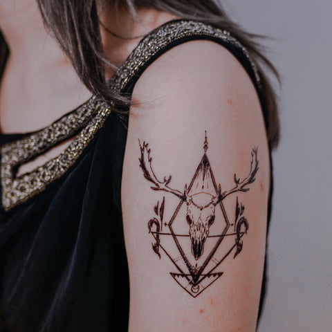 Gothic Tattoo Deer Tattoo Skull Tattoo Animal Pet Watercolor LAZY DUO Tattoo Sticker 香港紋身貼紙 刺青圖案 紋身師 印刷訂做客製 Custom Temporary Tattoo artist HK tattoo shop Hong Kong 迷你刺青 韓式刺青紋身 small tattoo design Minimal Tattoo little tattoo idea sketchy tattoo floral tattoo ankle wrist tattoo back tattoo Taiwan