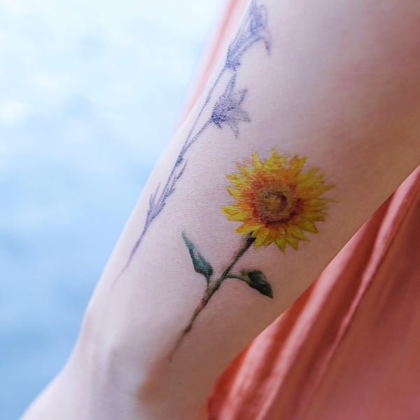 Red Poppies Sun Flower Pine Tree Tattoo Long Lasting Warercolor Temporary Tattoo Flash Flower Tattoo Sticker Hong Kong tattoo Sticker 紋身貼紙 香港紋身 刺青師 Red Poppies Sun Flower Pine Tree Tattoo Long Lasting Warercolor Temporary Tattoo Flash Flower Tattoo Sticker Hong Kong tattoo Sticker 紋身貼紙 香港紋身 刺青師 自訂客製少量印刷大量批發特快專業優質彩色金屬色廣告宣傳禮品 Gift Promotion Advertising Event